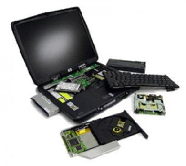 Bateria w laptopie. Jak o nią dbać i jak ją wymienić?